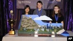 中學生參與建造未來城市競賽資料照。