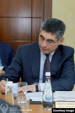O'zbekiston Bandlik va mehnat masalalari vaziri Sherzod Kudbiyev