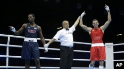El australiano Damien Hooper venció al boxeador estadounidense Marcus Browne en los Juegos Olímpicos de Londres 2012.