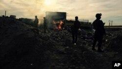 Pasukan keamanan Irak memasuki pusat kota Ramadi yang hancur, 115 kilometers sebelah barat Baghdad, Irak (27/12).