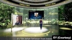 Tjia Johan Setiawan pada Juli diumumkan sebagai pemenang kompetisi Memprediksi Persebaran Api yang diadakan perusahaan global EY. (Courtesy: EY)