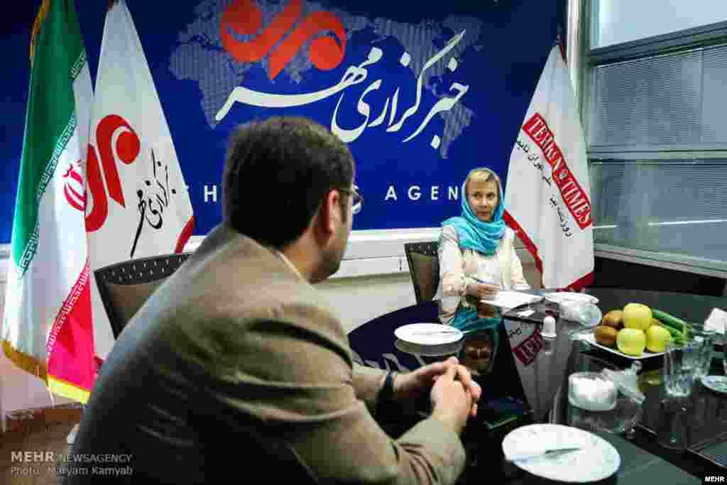 بازدید سفیر سوئد از خبرگزاری مهر عکس: مریم کامیاب