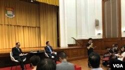 香港大學校長張翔與師生、校友公開對話,有超過600人參加。(美國之音湯惠芸)