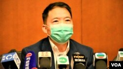 民主黨主席胡志偉批評民望最低的司局長仍然留任,反映港府問責團隊並非向港人問責。(美國之音湯惠芸)