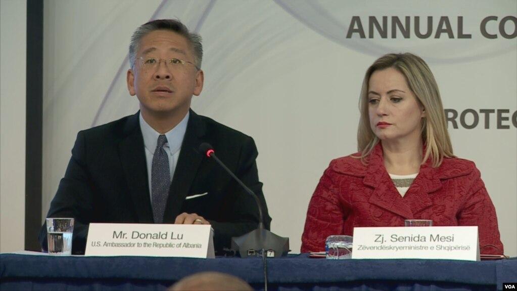 Lu: Jo më, Kryeprokuror që mbron politikanë të korruptuar