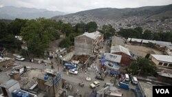 Abbottabad, kota tempat Osama bermukim selama enam tahun terakhir, berada dekat pegunungan dan terletak sebelah utara ibukota Pakistan Islamabad.