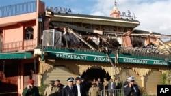 迪德吉馬廣場一個兩層樓咖啡館爆炸