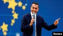 Заступник прем'єр-міністра Італії Луіджі Ді Майо дорікнув, що Франція ніколи не припиняла колонізацію африканських країн