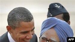 Başkan Obama Hindistan Başbakanı Manmohan Singh'le