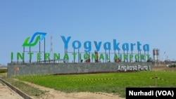Bandara baru Yogyakarta akan turut memompa kunjungan wisatawan asing ke Borobudur. (Foto:VOA/Nurhadi)