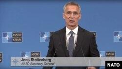 ینس ستولتنبرگ، منشی عمومی ناتو، حین کنفرانس خبری در مقر اصلی ناتو در بروکسل، پایتخت بلجیم