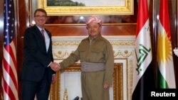 Bộ trưởng Quốc phòng Mỹ Ash Carter gặp Tổng thống người Kurd Massoud Barzani tại Erbil, Iraq.