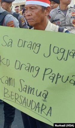 Masyarakat Yogya menginginkan jalan keluar damai bagi Papua. (Foto:VOA/Nurhadi)