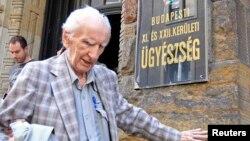 El presunto criminal de guerra nazi, el húngaro Laszlo Csatary, falleció de pulmonía a los 98 años en un hospital en Budapest.