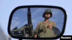 Turski vojnik na sirijsko-turskoj granici