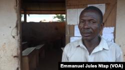 Dieudonné Kabo, directeur de l'école publique de Borongo, le 9 juin 2021. (VOA/Emmanuel Jules Ntap)