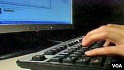 Empat miliar alamat internet yang tersedia kini sudah hampir habis. Internet Protocol 4 (IPv4) harus diperbarui untuk menyediakan lebih banyak alamat.