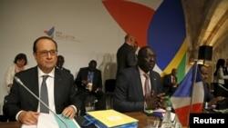 Prezidaantii Ferensaay Francois Hollande