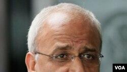 Erekat menyatakan anggota-anggota Liga Arab akan mendukung perundingan tersebut selama empat bulan.