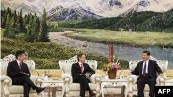 وزیر خزانه داری آمریکا چین را به شتاب در اصلاحات اقتصادی فرا می خواند