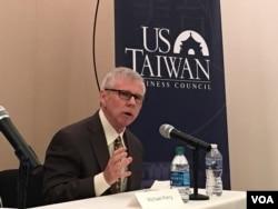 美國AMS集團資深副總裁邁克爾·佩里(美國之音鐘辰芳拍攝)