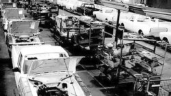 بحران بی سابقه در صنعت خودروسازی ایران
