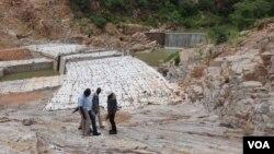 Idamu le Gwayi Shangani Dam (Umfanekiso: Ezra Sibanda)