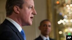 ماه گذشته نخست وزیر بریتانیا به همراه آقای اوباما از کنگره آمریکا خواست تحریم های جدید علیه ایران وضع نکند