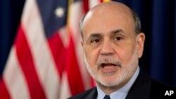 El presidente de la FED, Ben Bernanke, dijo que se ve que la economía mejora pero hay que asegurarse de que no sea algo temporal.