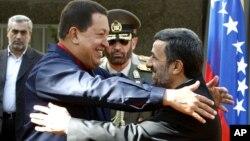 La alianza que Chávez y Ahmadinejad edificaron es parte de la expansión iraní en las Américas, según el informe.