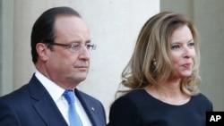 François Hollande ve Valerie Trierweiler