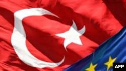 'Türkiye-AB İlişkileri Derin Dondurucuda'