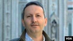 احمد رضا جلالی، پزشک و پژوهشگر زندانی