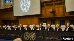 Juge Peter Tomka, Président de la Cour internationale de Justice (CIJ) préside une séance à La Haye, le 27 janvier 2014.