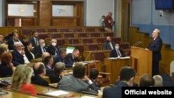Crnogorski premijer Zdravko Krivokapić govori u Skupštini Crne Gore (Foto: gov.me, B.Ćupić)