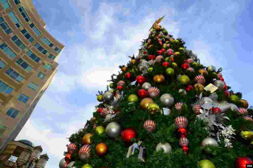 Рождественская елка в Рестоне