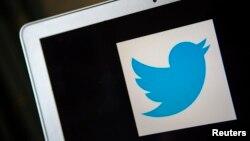Logo của Twitter. Dù được dùng phổ biến bởi giới nổi tiếng, Twitter vẫn chưa tìm ra cách thu về lợi nhuận.