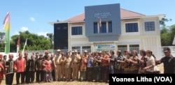 Laboratorium Schistosomiasis di desa Lengkeka, Kecamatan Lore Barat, Kabupaten Poso, Sulawesi Tengah, 6 Agustus 2019. (Foto: VOA/Yoanes Litha)