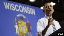 Prezidan Obama lanse apèl bay Kongrè a pou mande l vote yon lwa k ap redui taks sou konpayi k ap enstale izin yo Ozetazini