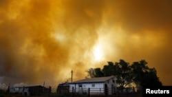 Đám cháy ở vùng Waldo Canyon gần Colorado Springs đã tiêu hủy gần 1.000 hectare rừng