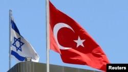 土耳其星期六向加沙地带运送大量的人道救援物资
