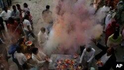 په پاکستان کې د هندوانو د هولي نومې مذهبي دستوره نمانځي