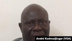 Laoro Gondjé, 1er rapporteur du Haut Conseil de la Communication (HCC), organe de régulation des médias du Tchad, 22 mai 2017. (VOA/ André Kodmadjingar)