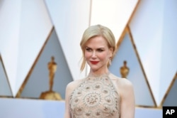 Nicole Kidman arrives at the Oscars on Sunday, Feb. 26, 2017, at the Dolby Theatre in Los Angeles.