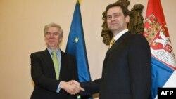 Evropski posrednik Robert Kuper i šef pregovaračkog tima Srbije Borko Stefanović tokom susreta u Beogradu