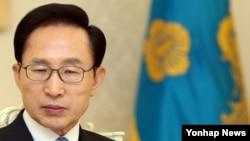 28일 청와대에서 열린 미래기획위원회 오찬에서 이명박 대통령. (자료사진)
