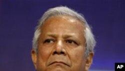 بنگلہ دیش محمد یونس کی برطرفی کے تنازع کے حل پر آمادہ