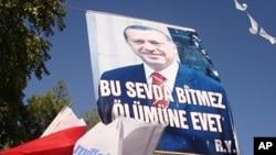 Eleitores Turcos Disseram Sim à Revisão da Constituição