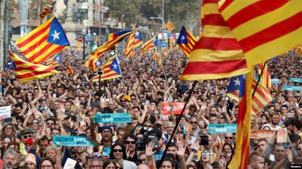Spanja shkarkon qeverinë e Katalonjës dhe shpall zgjedhje të reja