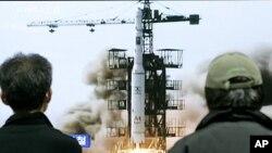 El misil Musudan está basado en un viejo misil balístico ruso que era lanzado desde un submarino y que el Norte ha modificado para lanzarlo desde una batería en tierra.